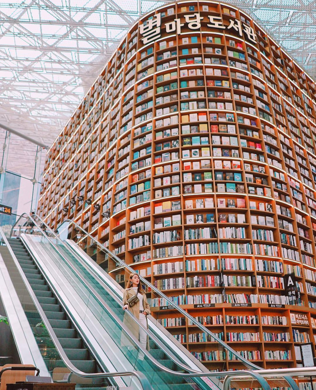 Thư viện khổng lồ nằm ở tận Seoul nhưng bạn trẻ Việt Nam nào đến đây cũng phải check-in cho bằng được! - Ảnh 17.