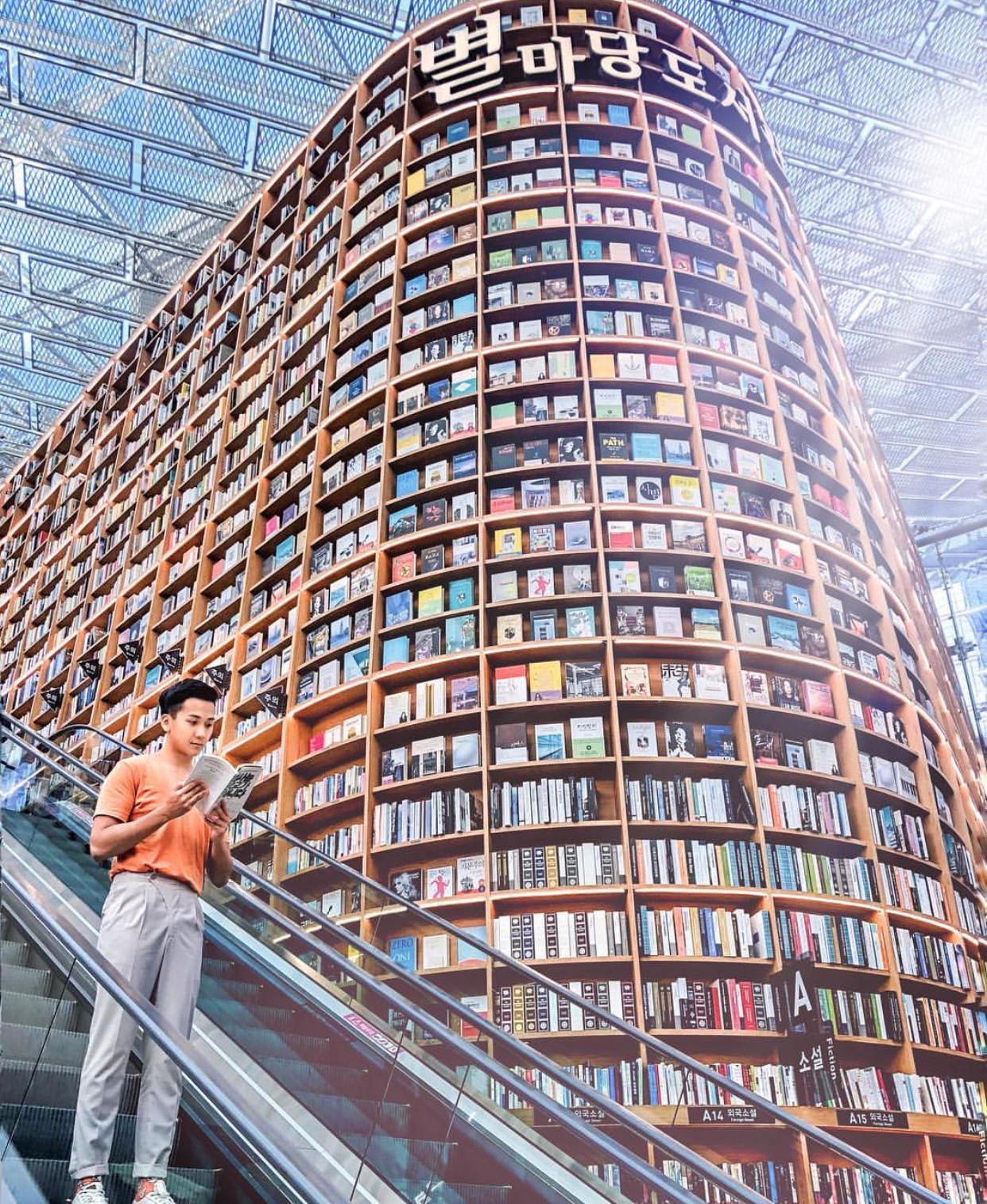 Thư viện khổng lồ nằm ở tận Seoul nhưng bạn trẻ Việt Nam nào đến đây cũng phải check-in cho bằng được! - Ảnh 16.
