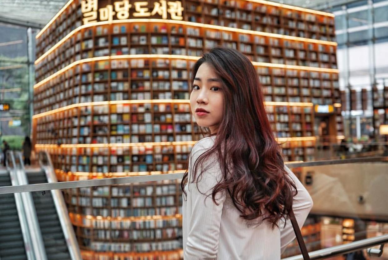 Thư viện khổng lồ nằm ở tận Seoul nhưng bạn trẻ Việt Nam nào đến đây cũng phải check-in cho bằng được! - Ảnh 7.