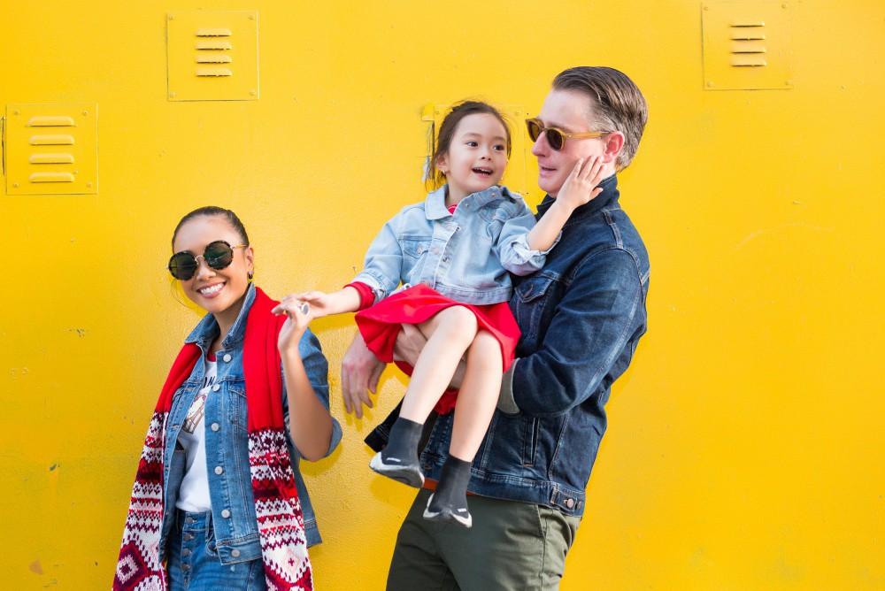 """Con gái Đoan Trang mới 4 tuổi đã ra dáng fashionista nhí, cùng bố mẹ thực hiện bộ ảnh mới cực """"chất"""" - Ảnh 6."""