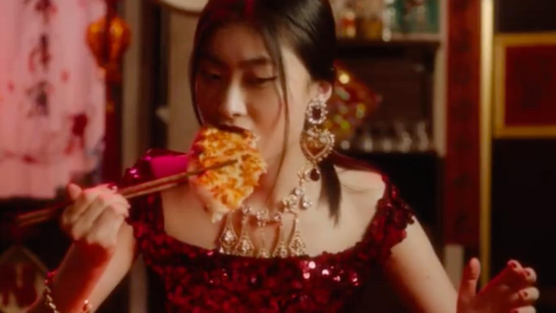 Sau scandal phân biệt chủng tộc, sản phẩm Dolce&Gabbana bị xoá sạch trên Taobao và các web bán hàng lớn ở Trung Quốc - Ảnh 3.