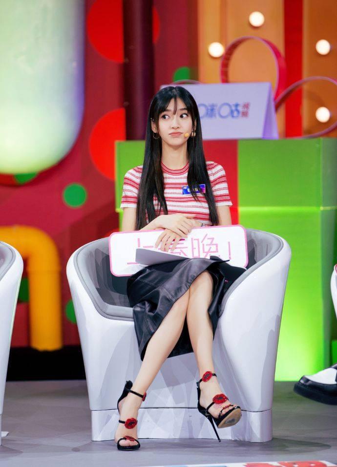 Angela Baby xuất hiện rạng ngời sau tin đồn ly hôn Huỳnh Hiểu Minh - Ảnh 4.