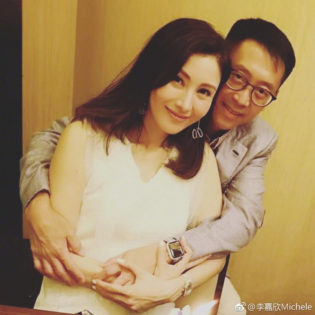 10 năm bên chồng đại gia, Hoa hậu đẹp nhất lịch sử Hong Kong khoe ảnh kỷ niệm hạnh phúc - Ảnh 3.
