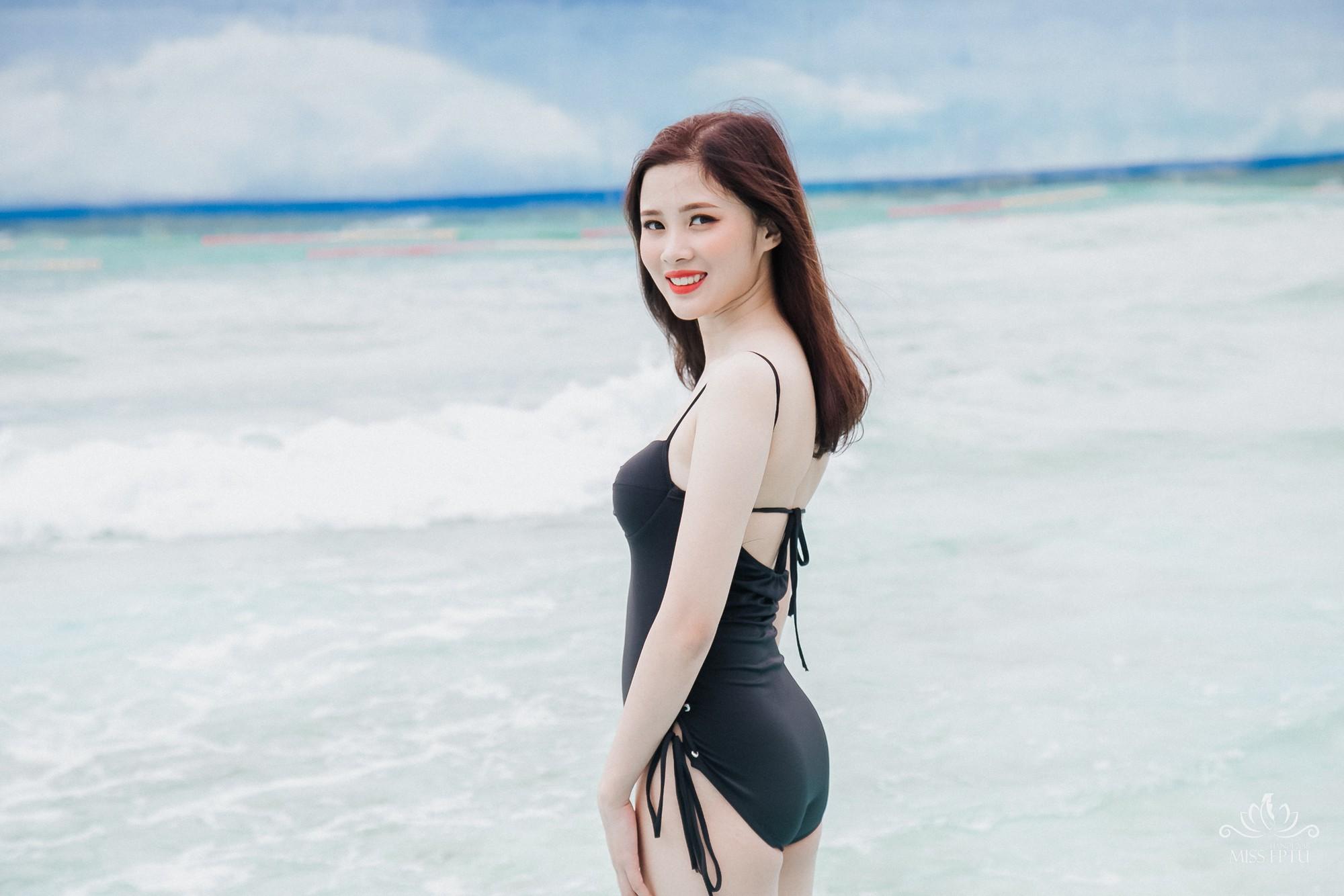 Dàn gái xinh ĐH FPT Hà Nội khoe dáng với bikini đen, không dễ để tìm ra người sexy nhất - Ảnh 3.