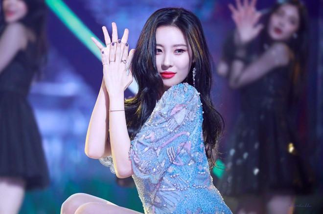 """Những nghệ sĩ rời bỏ """"bệ đỡ"""" JYP: Người lên như diều gặp gió, kẻ bặt vô âm tín - Ảnh 4."""