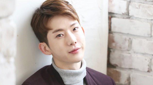 """Những nghệ sĩ rời bỏ """"bệ đỡ"""" JYP: Người lên như diều gặp gió, kẻ bặt vô âm tín - Ảnh 31."""
