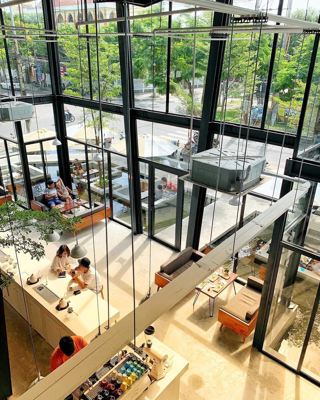 Những quán cà phê và khu tổ hợp xinh xắn khiến bạn muốn bất chấp book vé đi Đà Nẵng ngay - Ảnh 3.