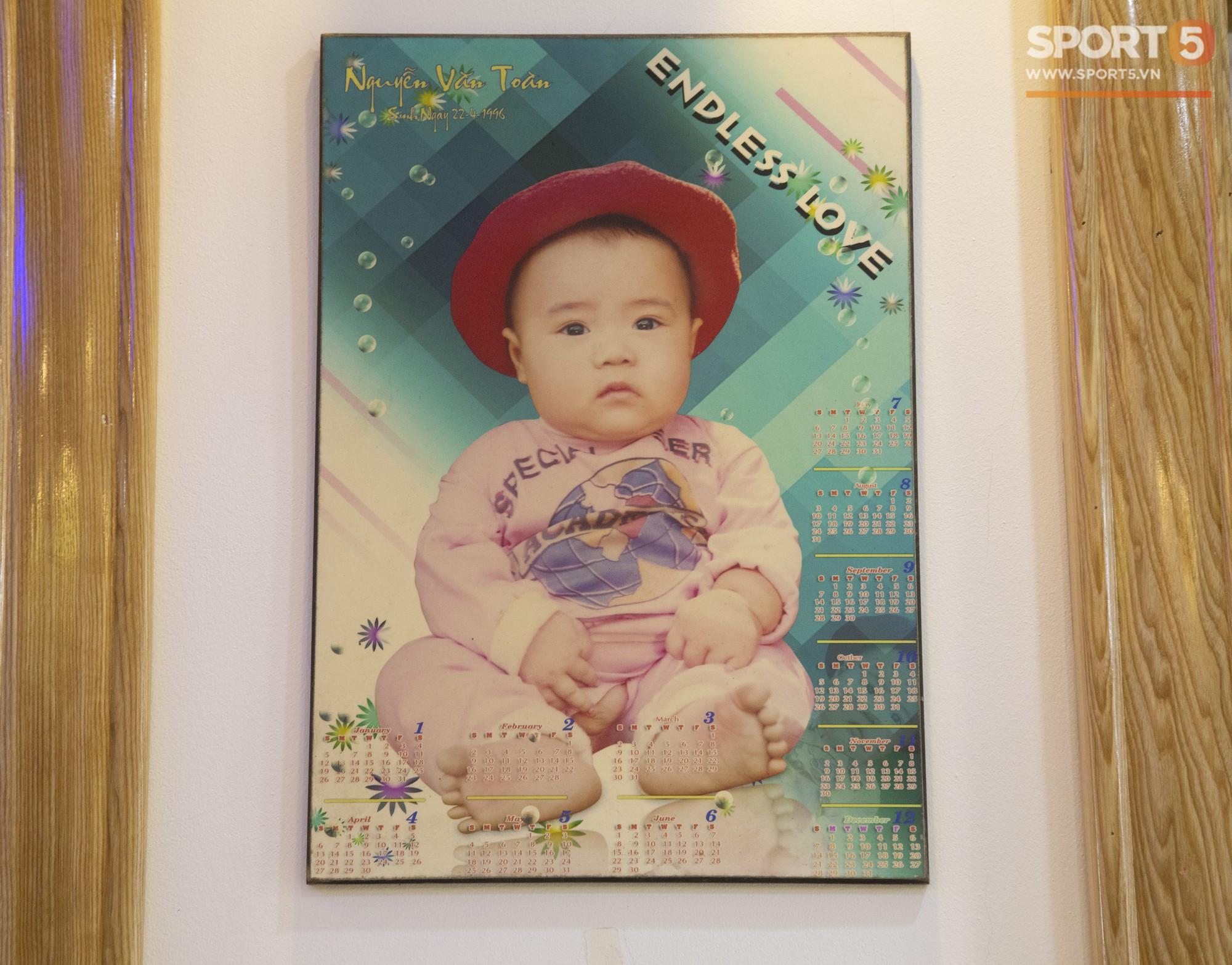 Các fan Big Bang lại được dịp yêu Văn Toàn hơn nữa khi nhìn thấy thứ này trong phòng ngủ của anh - Ảnh 10.