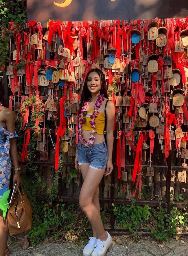 Chỉ ở Miss World 2018 người hâm mộ mới được dịp ngắm kỹ body săn chắc, đẹp như tạc của Hoa hậu Tiểu Vy - Ảnh 4.