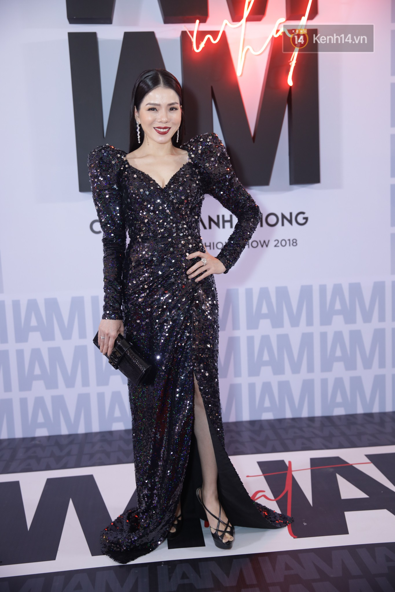 The red carpet Chung Thanh Phong show: it was able to test strange styles, Quỳnh Anh Shyn caught rain like spiders - Photo 24.