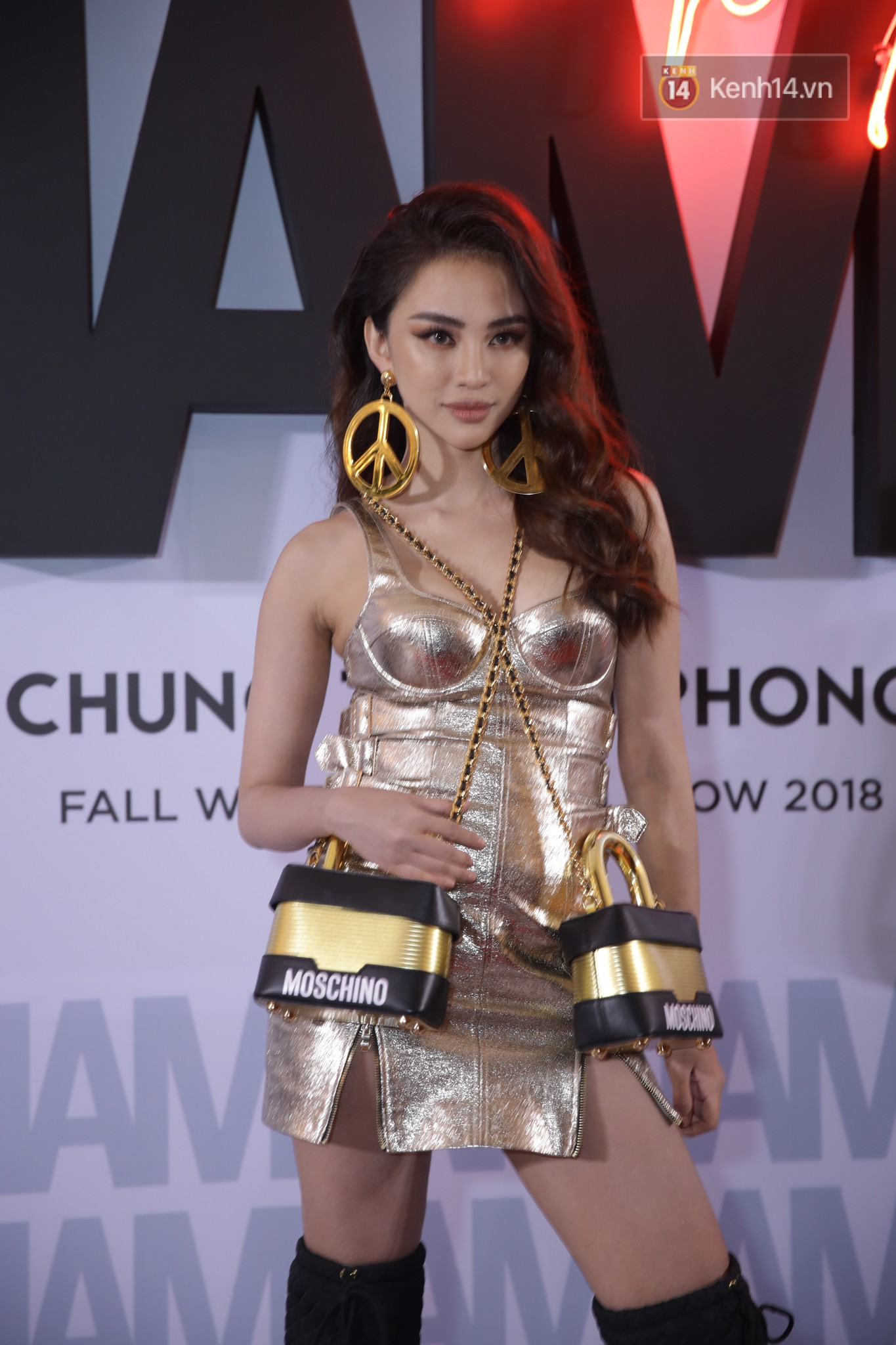 The red carpet Chung Thanh Phong show: It was able to test strange styles, as Quỳnh Anh Shyn caught the bird with rain - Photo 13.