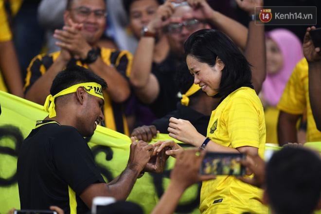 Quang Hải lọt vào cuộc bầu chọn cầu thủ hay nhất trên trang chủ AFF Cup nhưng đây là điều kỳ quặc khiến tất cả ngã ngửa - Ảnh 2.