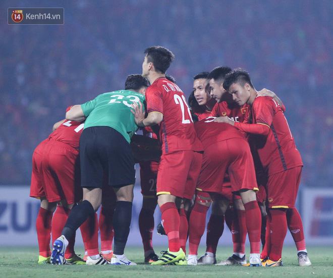 Bán vé AFF CUP 2018 trận Việt Nam Philippines từ ngày 28/11 - Ảnh 2.