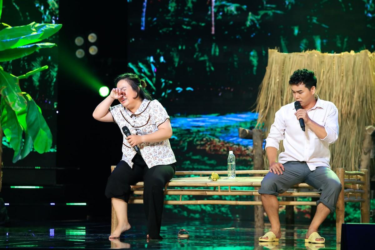 Cặp đôi vàng: Tuyền Mập gây bất ngờ khi hát Bolero về nạn buôn người - Ảnh 4.