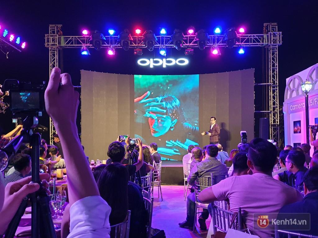 Điện thoại 3 camera đầu tiên của Oppo bán ra tại Việt Nam: rất đẹp, nhiều tính năng từ dòng cao cấp, giá gần 17 triệu đồng - Ảnh 6.