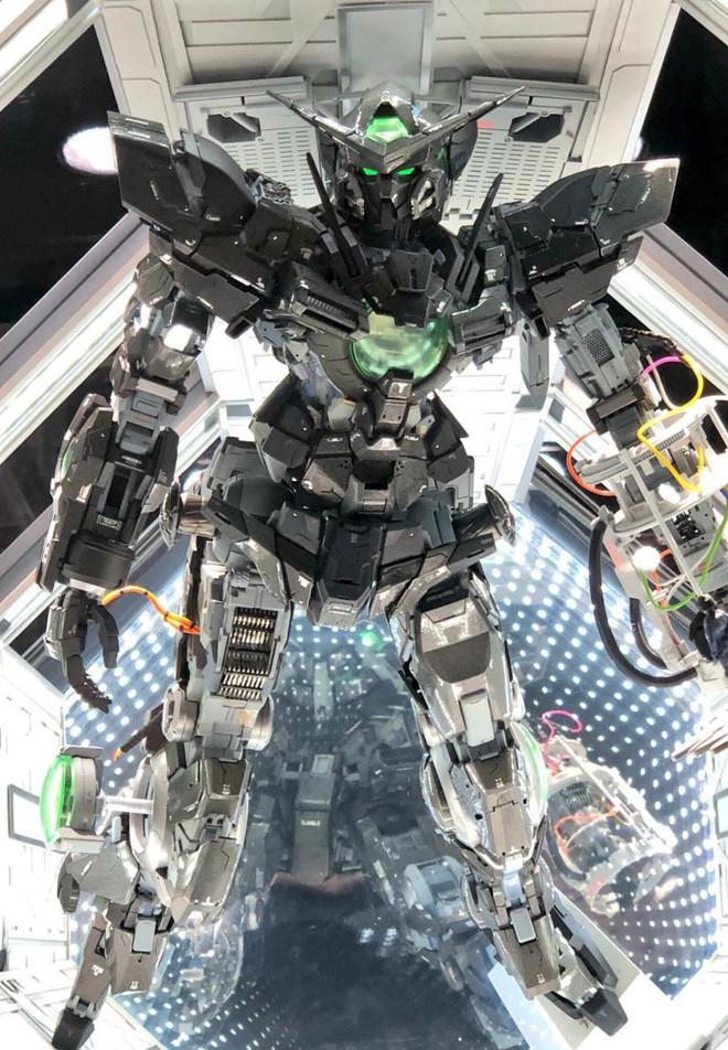 Mê mẩn với loạt gundam đẹp nhất Nhật Bản, đại diện Xứ sở hoa Anh đào tại Gunpla Builders World Cup 2018 - Ảnh 1.