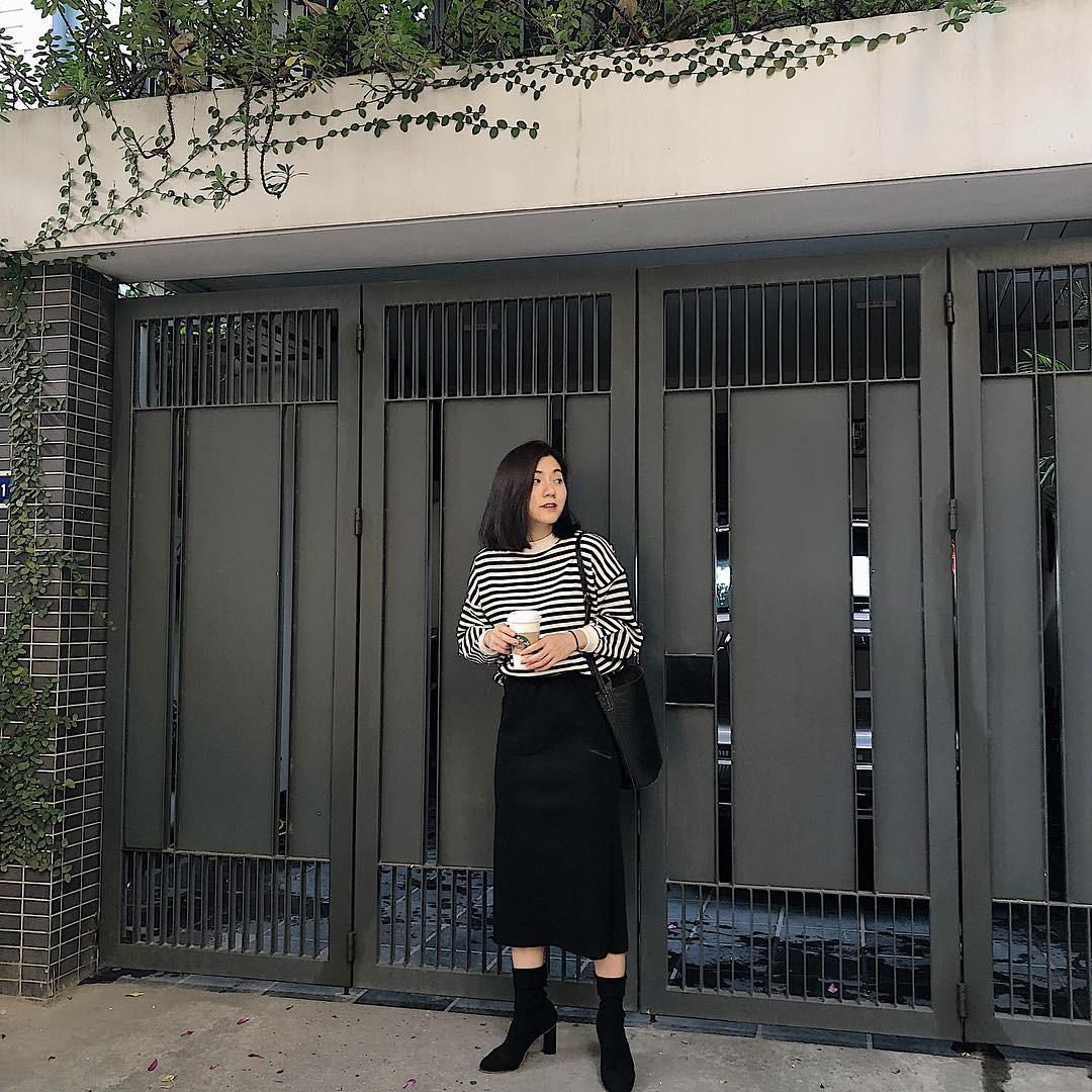 Muốn mặc đâu chuẩn đấy trong tiết trời se lạnh, bạn chỉ việc copy 10 công thức street style xuất sắc này từ loạt hot girl Việt - Ảnh 4.