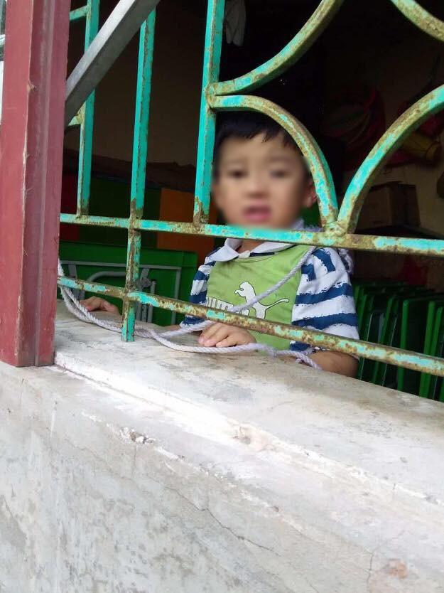 Phụ huynh chụp được ảnh ben trai 4 tuổi bị buộc dây vāo người ở trường mẫu giáo, giáo viên nói: Ai đó đã làm việc này để đổ oan chúng tôi - Ảnh 6.