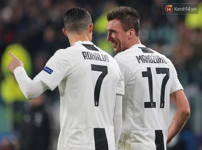 Vua đệm bóng Ronaldo biến thành vua dọn cỗ giúp Juventus ca khúc khải hoàn ở Champions League - Ảnh 5.