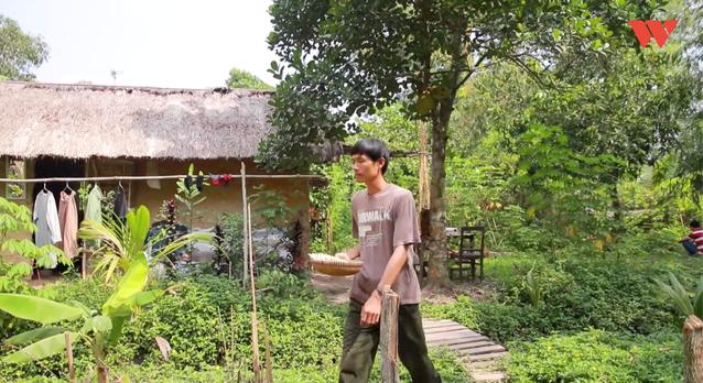 Chuyện chàng giáo viên bỏ phố về quê và giấc mơ thay thế túi nilon, ống hút nhựa bằng sản phẩm từ cây cỏ - Ảnh 4.