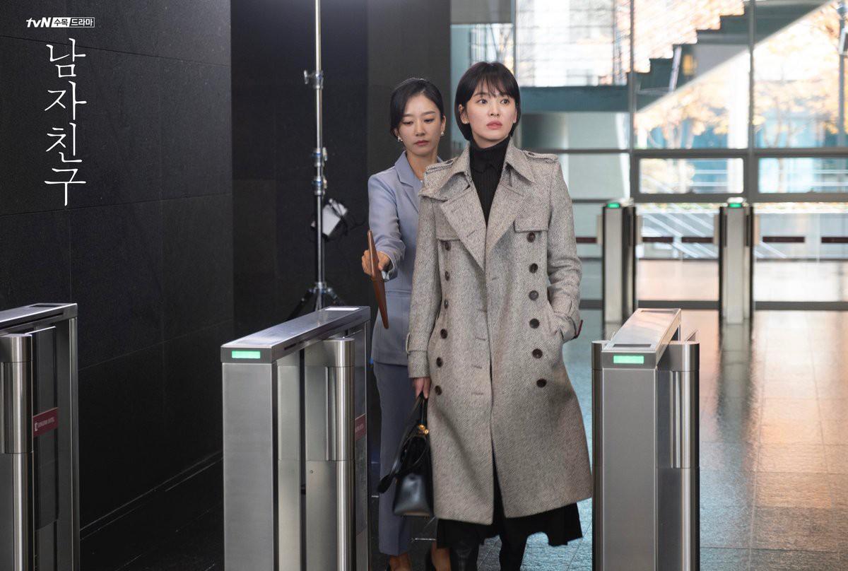 Dòng chảy phim Hàn thời nay đã dịch chuyển: Nữ chính bánh bèo không còn chốn dung thân - Ảnh 12.