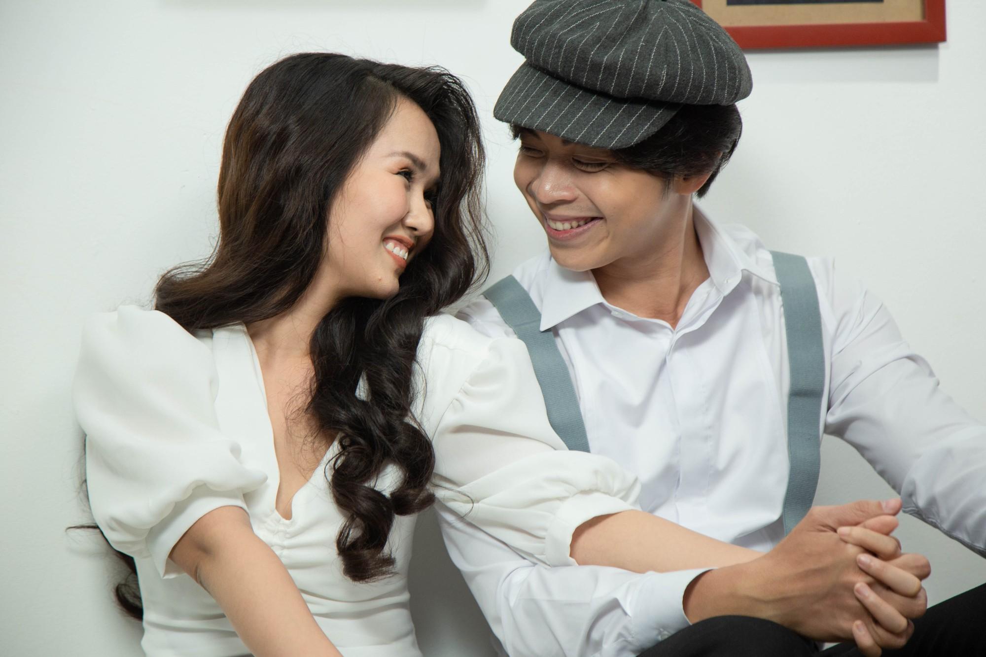 Võ Hạ Trâm ngượng ngùng khi diễn cảnh tình cảm với Lân Nhã trong MV mới - Ảnh 2.