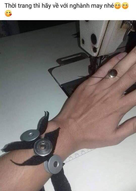 Khi con trai học ngành kĩ thuật cầu hôn: Nhẫn bện bằng dây đồng, kim cương chính là... ốc vít - Ảnh 11.