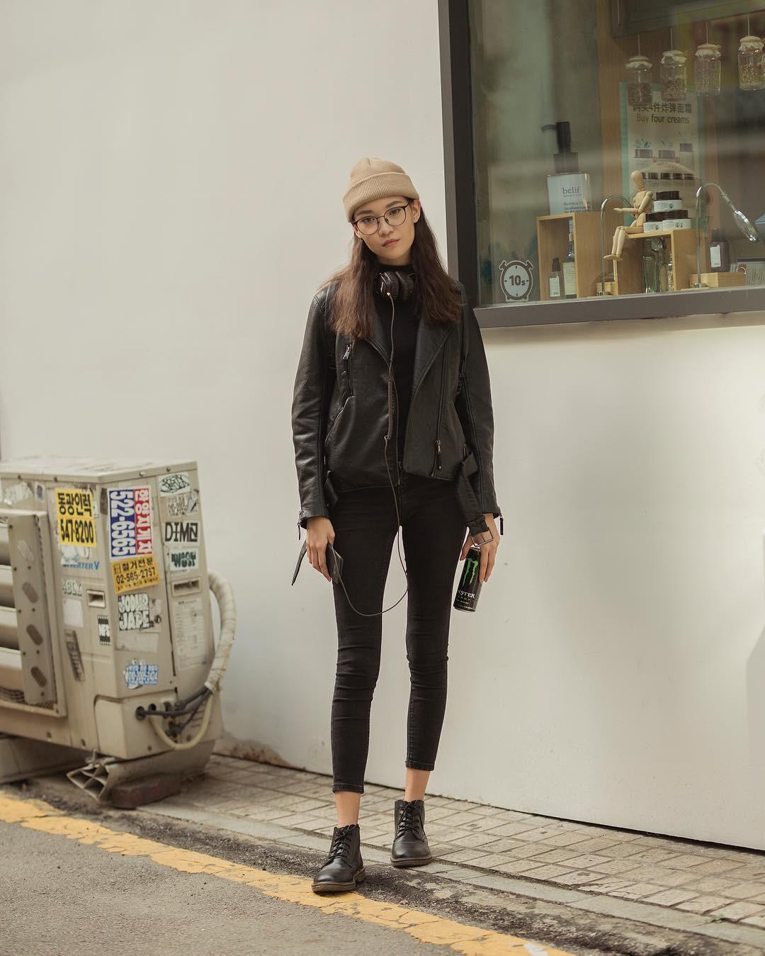 Street style giới trẻ Hàn tuần qua chứng minh: mix đồ đơn giản, thoải mái luôn là đẹp và cool nhất - Ảnh 5.