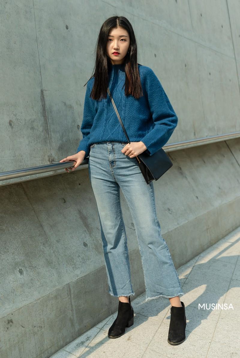 Street style giới trẻ Hàn tuần qua chứng minh: mix đồ đơn giản, thoải mái luôn là đẹp và cool nhất - Ảnh 6.