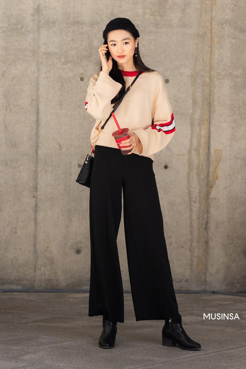 Street style giới trẻ Hàn tuần qua chứng minh: mix đồ đơn giản, thoải mái luôn là đẹp và cool nhất - Ảnh 11.