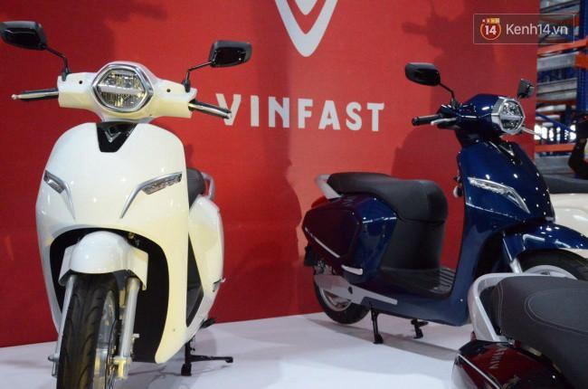 VinFast trình làng xe máy điện đầu tiên mang tên Klara - Ảnh 3.