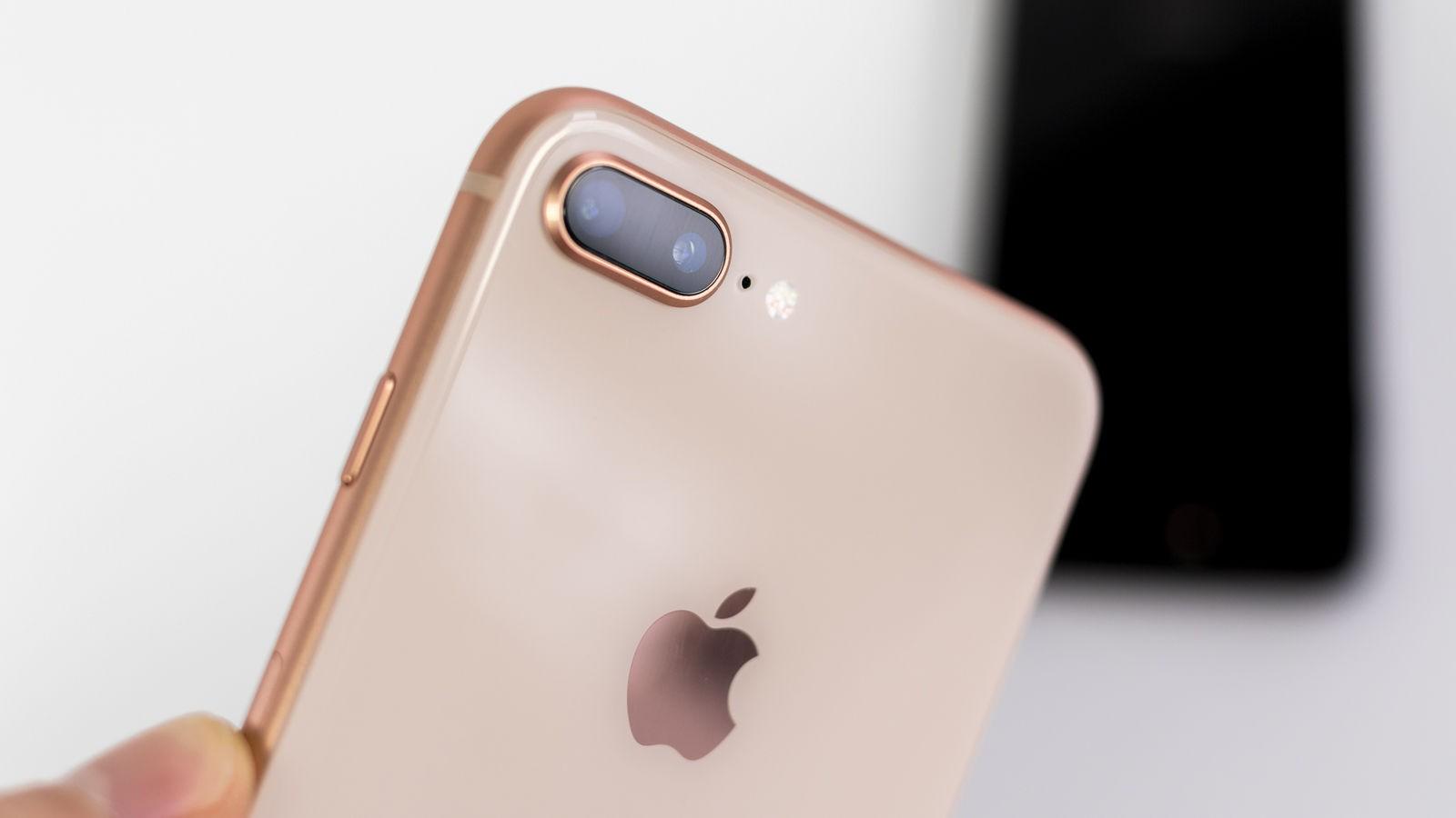 Apple bắt đầu bán iPhone 8 và 8 Plus Refurbished (tân trang), giá rẻ hơn 2,3 triệu đồng - Ảnh 1.