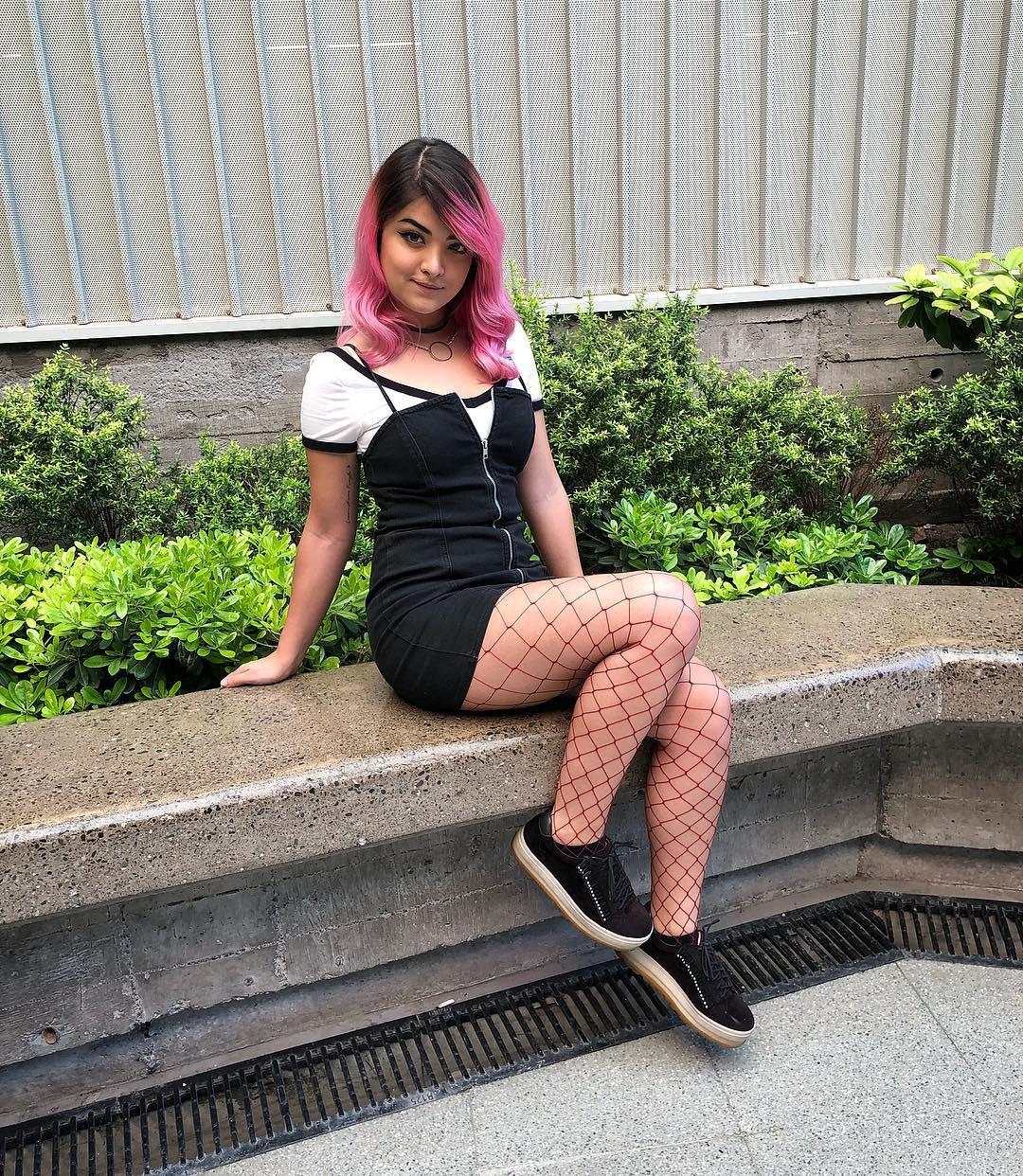 Profile dàn hot girl sẽ cùng streamer Misthy khuấy đảo All Star 2018 - Ảnh 21.