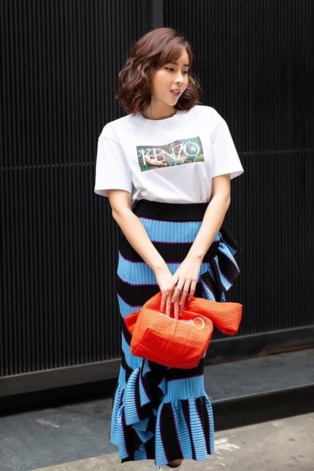 Street style sao: Diệp Lâm Anh vừa sinh xong đã diện ngay đồ khoe dáng, Hương Giang mặc kín đáo vẫn lộ dáng gầy - Ảnh 9.