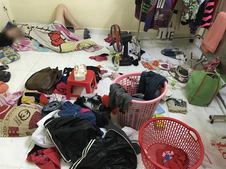 Bạn cùng phòng đẹp trai nhưng ở bẩn, quần áo không bao giờ giặt, ra ngoài lại nước hoa thơm lừng khiến nam sinh viên ngán ngẩm kêu than - Ảnh 3.