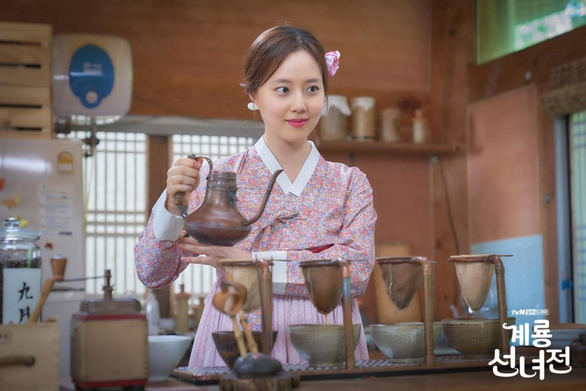 Ngộp thở với dàn sao Hàn toàn dân anh chị trong loạt phim truyền hình đổ bộ mùa cuối năm 2018! - Ảnh 3.
