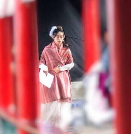 """Mai Tần Hà Hoằng San lên tiếng trấn an fan """"Thiên Long Bát Bộ 2018"""" sau sự cố ngã ngựa ngay phim trường - Ảnh 3."""
