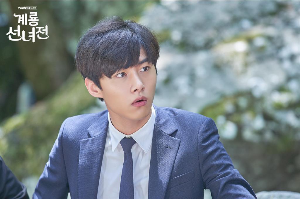 Ngộp thở với dàn sao Hàn toàn dân anh chị trong loạt phim truyền hình đổ bộ mùa cuối năm 2018! - Ảnh 5.
