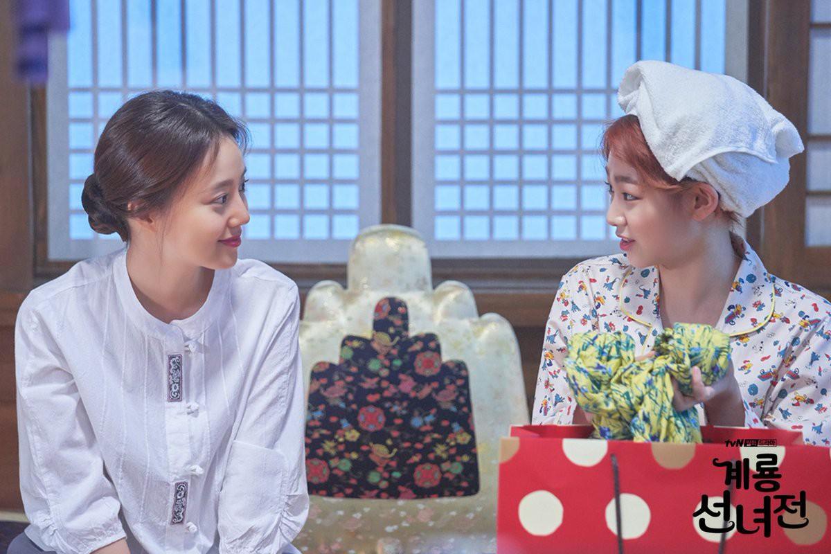 Ngộp thở với dàn sao Hàn toàn dân anh chị trong loạt phim truyền hình đổ bộ mùa cuối năm 2018! - Ảnh 7.