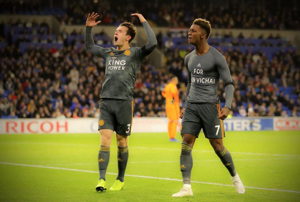 Cầu thủ Leicester bàng hoàng vì bị trừng phạt sau khi cởi áo tri ân ông Vichai - Ảnh 6.