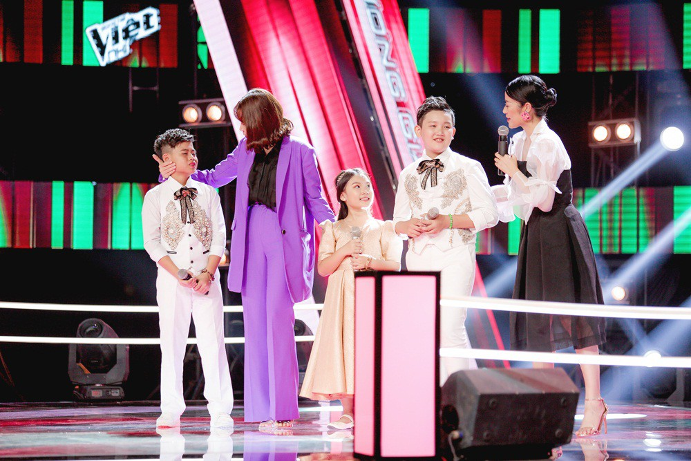 Giọng hát Việt nhí: Cậu bé với biểu cảm như ông cụ non khiến Soobin Hoàng Sơn không nhịn được cười
