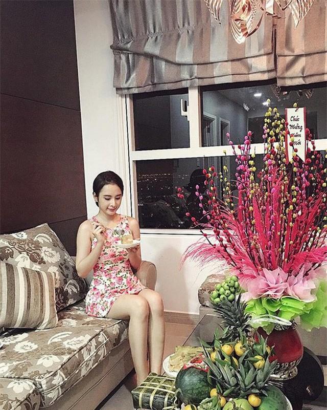 """Khối tài sản """"không phải dạng vừa"""" của loạt sao Việt dưới 25 tuổi: Nhà lầu hạng sang, xế hộp khủng và vô số hàng hiệu - Ảnh 13."""