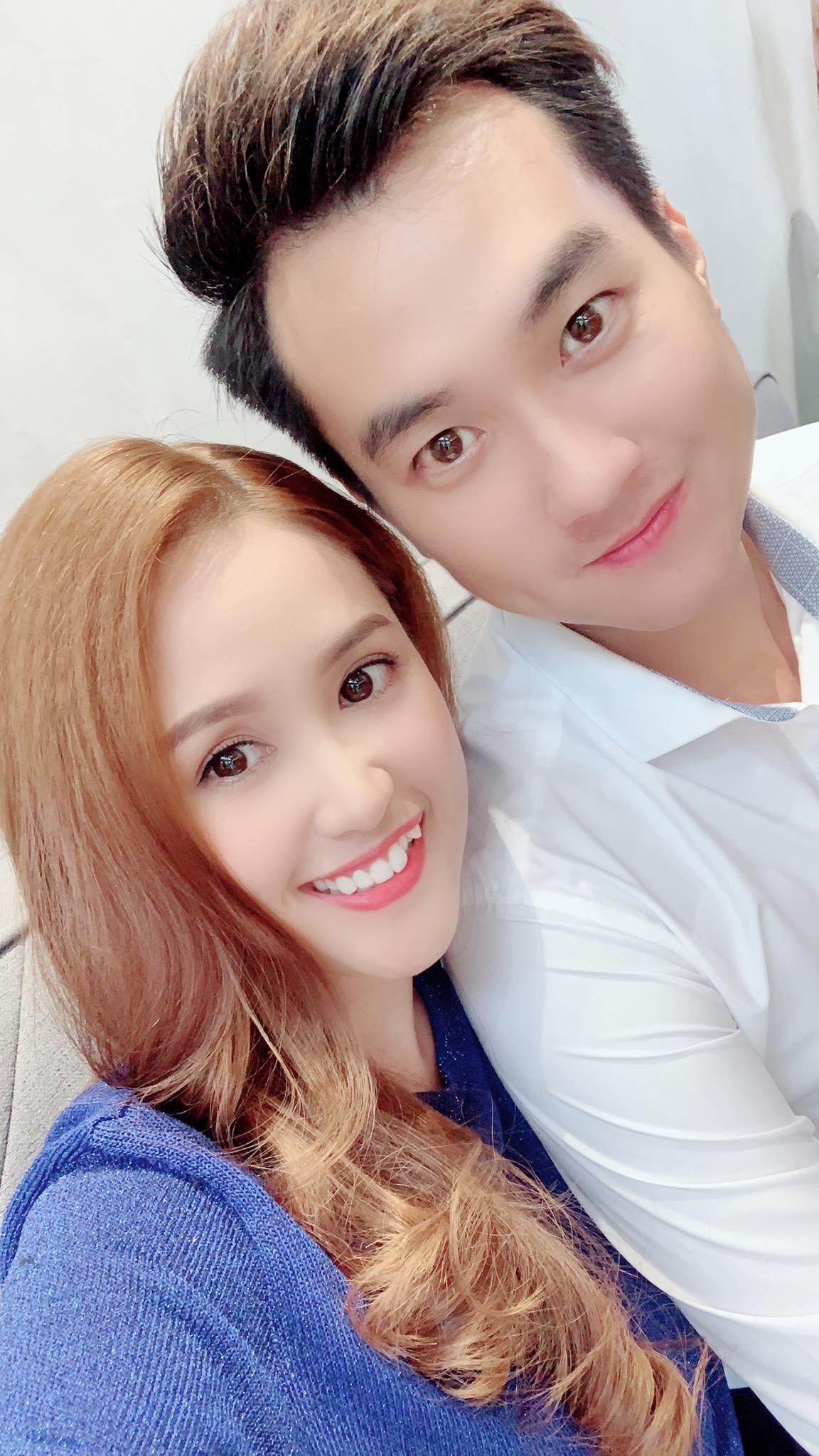 """Hoa hậu Mai Phương Thúy và Phương Hằng """"Gạo nếp gạo tẻ"""" lại giống nhau như chị em một nhà - Ảnh 1."""