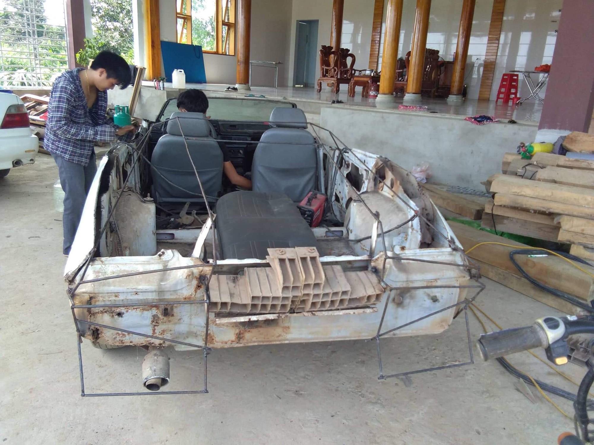 Thanh niên bỏ 60 triệu để mua chiếc ô tô đồng nát rồi chỉ mất hai tháng để biến nó thành siêu xe - Ảnh 2.