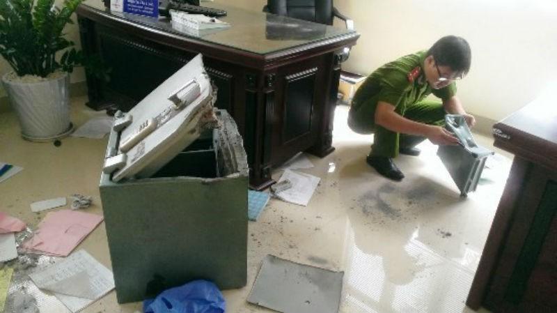 Đi làm về, 2 vợ chồng ở Sài Gòn phát hiện mất trộm hàng trăm triệu đồng - Ảnh 1.