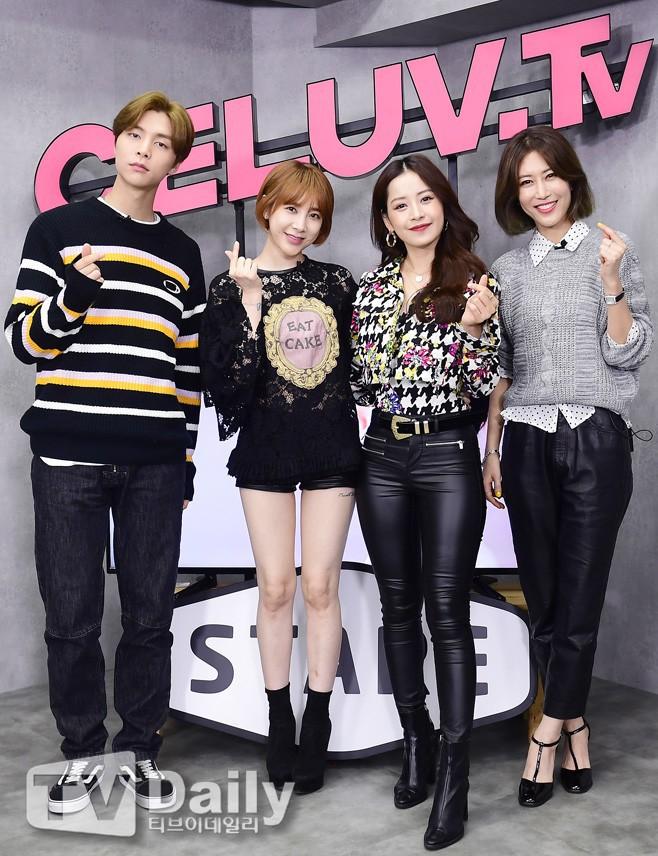 Chi Pu xuất hiện trên chương trình Hàn Quốc: Được mỹ nam nhà SM tỏ tình, diva Hàn khen hết lời vì quá xinh - Ảnh 7.