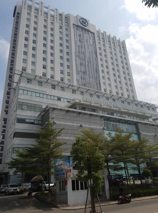 Hải Phòng: Hotgirl đất cảng nhảy từ tầng 17 bệnh viện quốc tế tử vong - Ảnh 2.