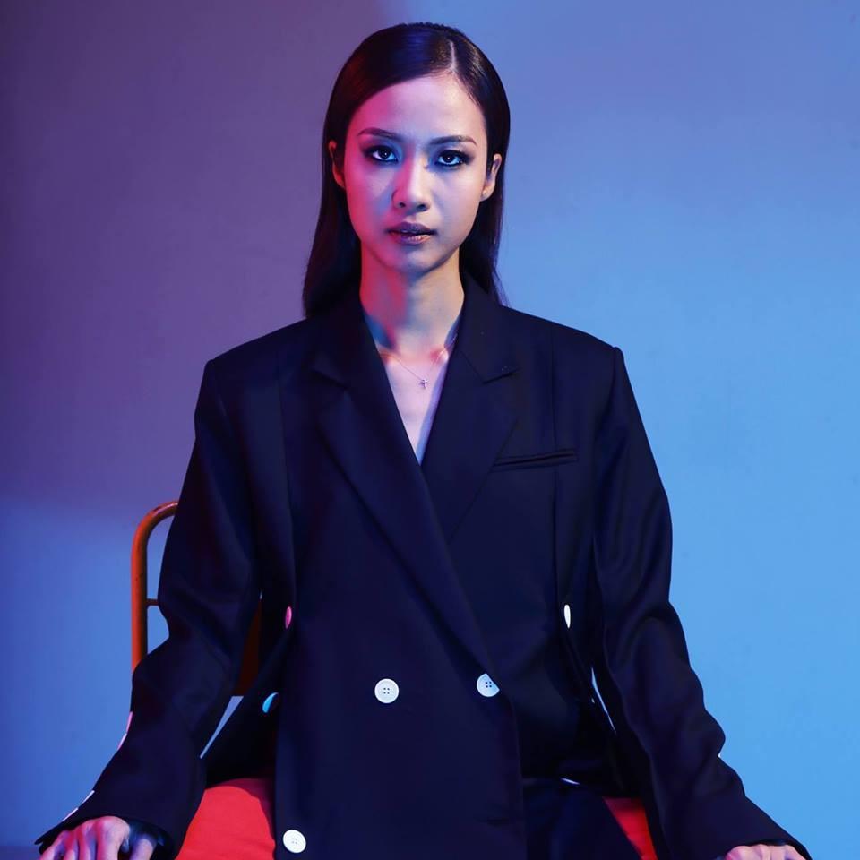 HOT: Suboi rap tiếng Việt cực chất trong ca khúc kết hợp cùng tượng đài âm nhạc Nhật Bản Utada Hikaru - Ảnh 3.