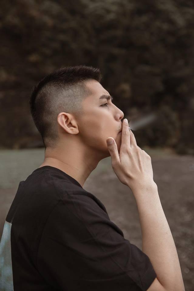 Đại chiến nam thần đổi mới: Noo Phước Thịnh, Isaac cạo đầu bad boy còn Sơn Tùng nuôi tóc lãng tử - Ảnh 2.