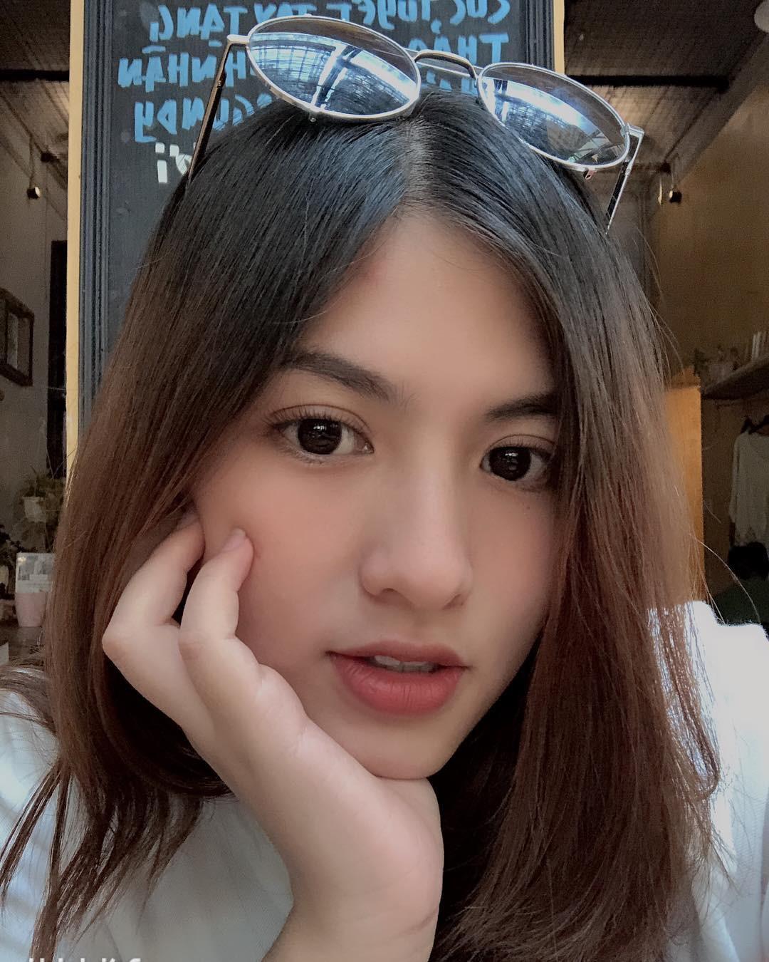Thì ra Huyme - Trang Lou còn có một cô em họ xinh xắn đến thế này! - Ảnh 10.